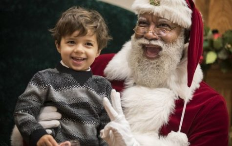 Mall of America Hires Their First Black Santa