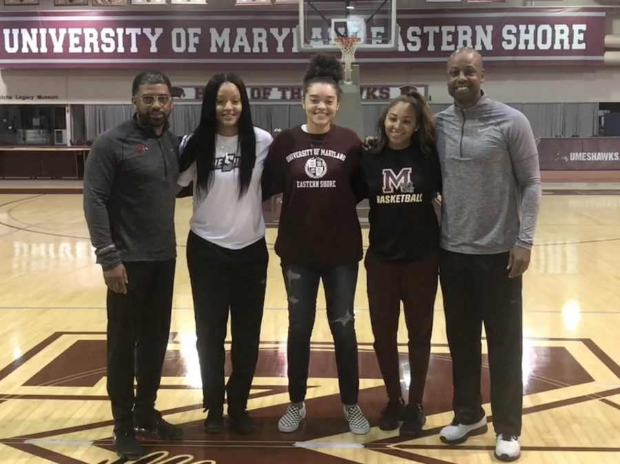 Makayla+Adams+committing+to+UMES.